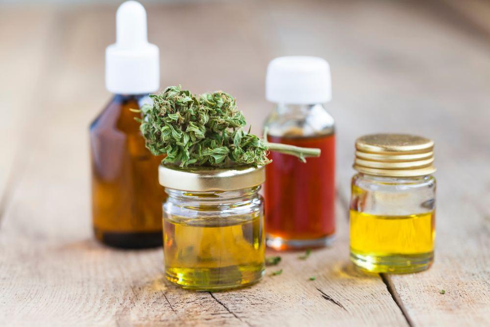 8 benefits & uses of cbd oil